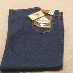 NWT Levi Strauss Relaxed Fit 540 36 x 30 Jeans